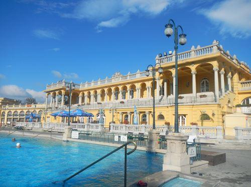 Budapest les bains de szechenyi