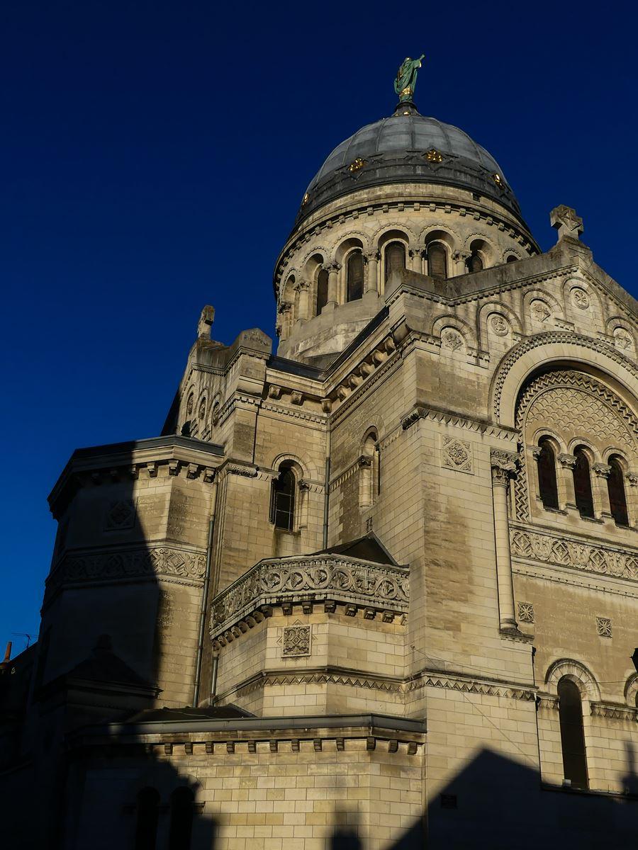 claironyva france touraine val de loire tours basilique saint martin