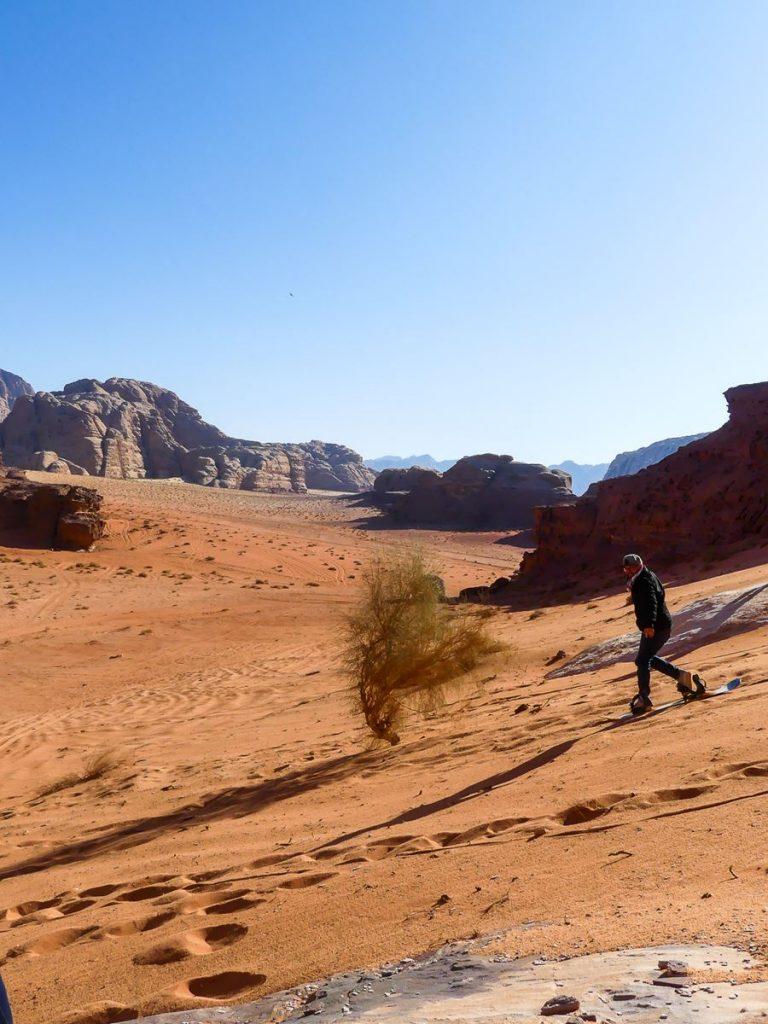 Désert du Wadi Rum - surf dans le sable